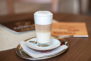 Kleiner Cafe Kaffee